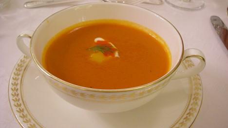 トマトとパプリカのスープ
